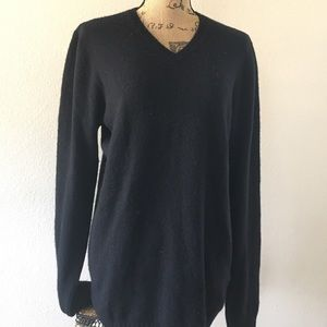 Equipment Homme solid black cashmere sweater M